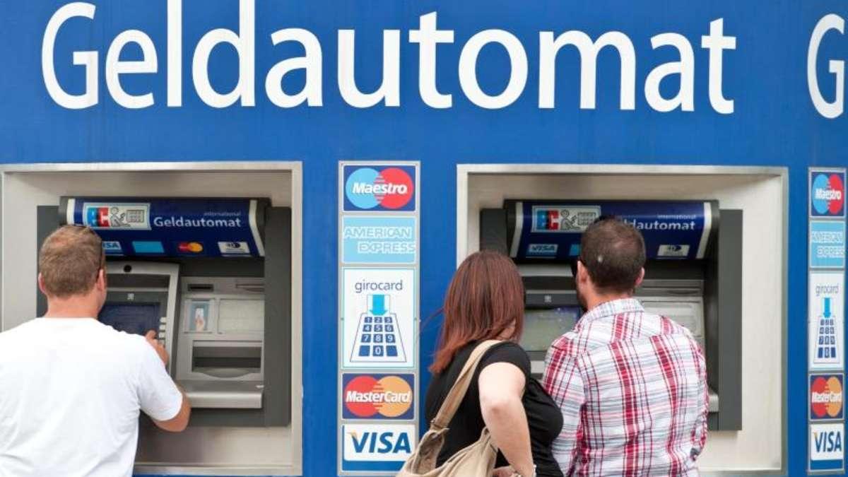 wirtschaft verbraucherschuetzer klagen wegen geldautomaten gebuehr