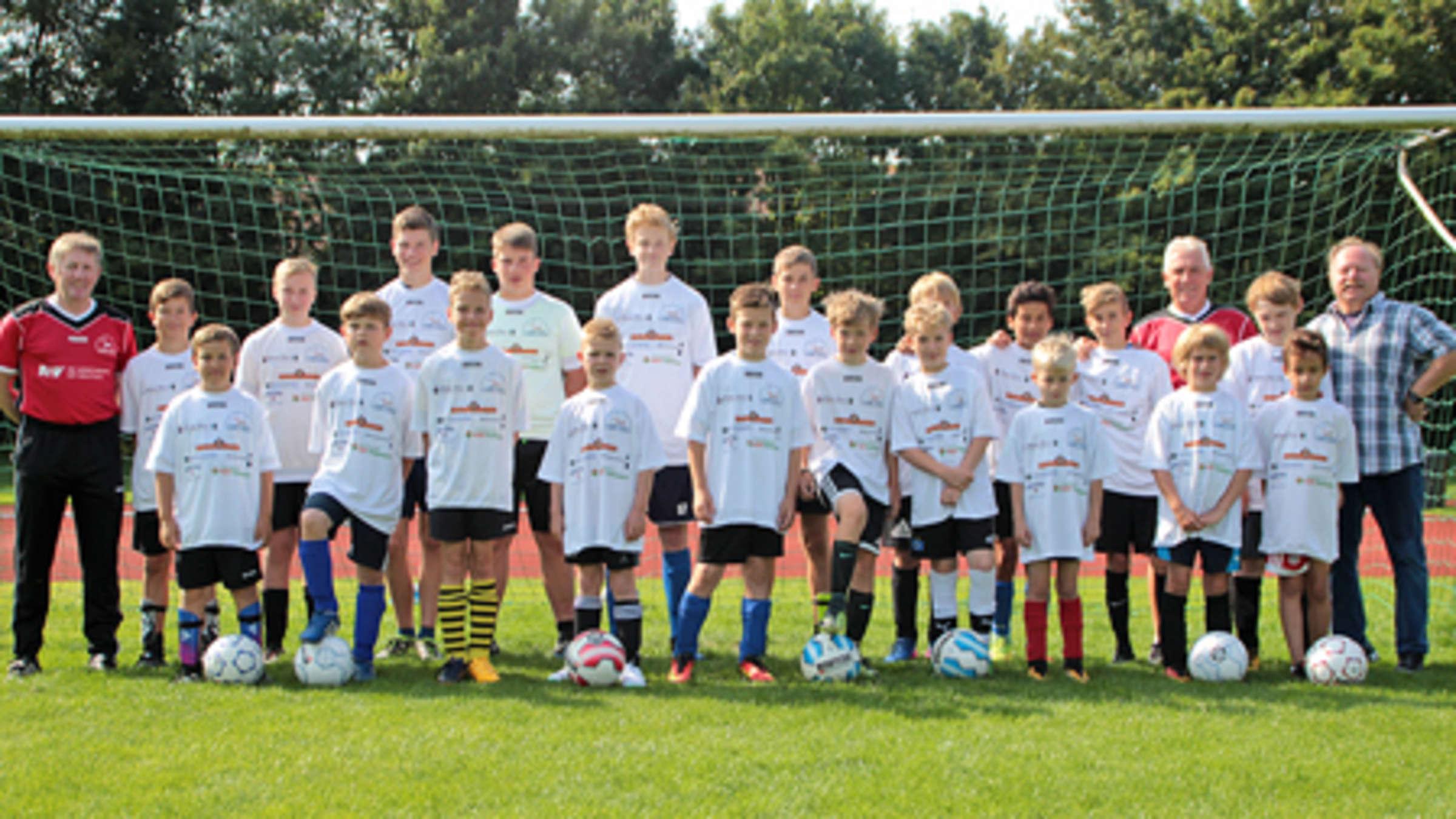 Klaus Fischer Fussballschule Zu Gast Lokalsport Fehmarn