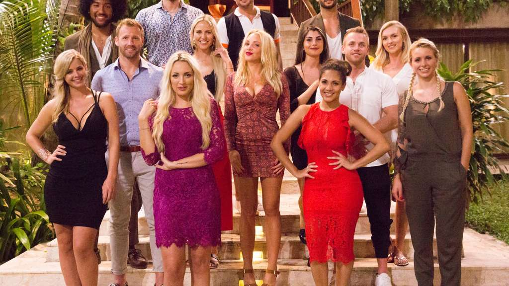 paradise island dating show Watch the premiere of e's newest show e's new reality series escape club takes viewers to paradise but the guests soon learn that living on an island isn.