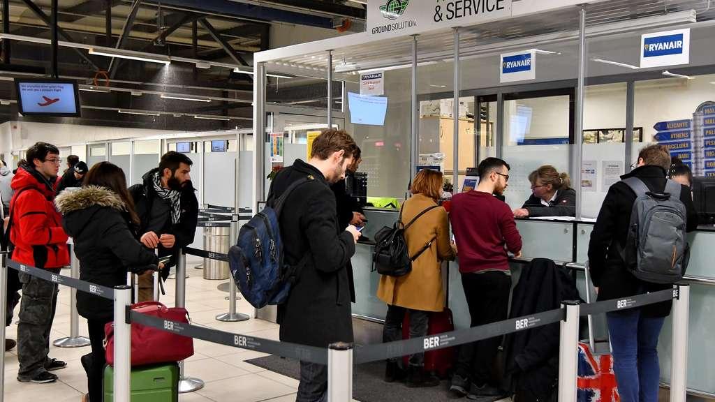 Ryanair Flüge: Fragen und Antworten zum Streik, die ...